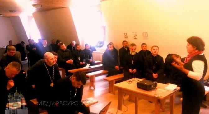Церква сприяє вирішенню проблем сирітства